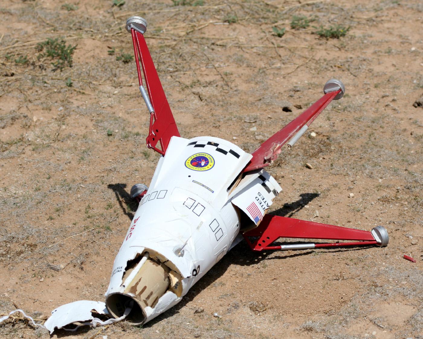 Vintage ESTES Mars Lander Flying Model Rocket Kit